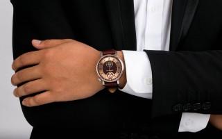 Mách bạn mẹo chọn đồng hồ Nga theo trang phục