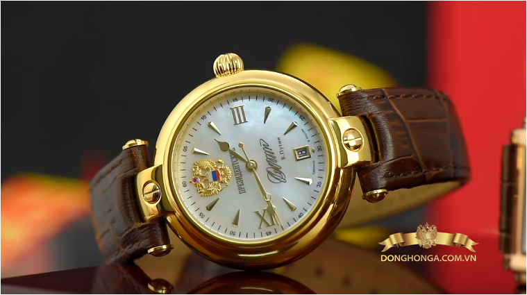 Một trong những mẫu đồng hồ nga siêu hot